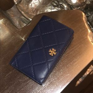 new condition used only a few times TB wallet